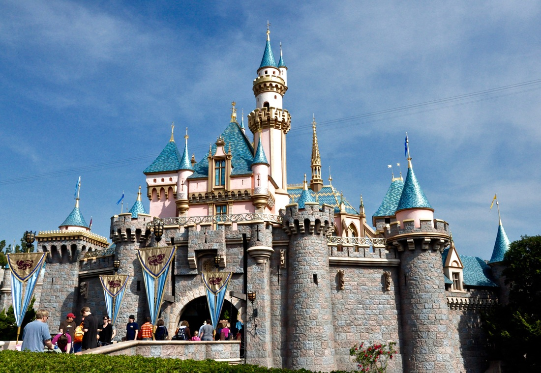 Find out about this amazing deal direct from Disney especially for Canadians!