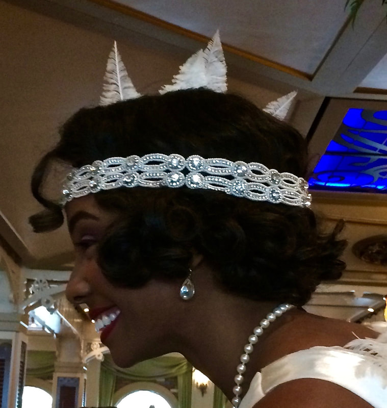 Tiana'sPlace is the newest of the main rotational dining rooms on the Disney Wonder.  As a guest at Tiana's restaurant you can expect great New Orleans inspired food and fun Princess and the Frog details.